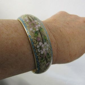Vintage Jewelry - Vintage Asian Cloisonne Wide Bangle
